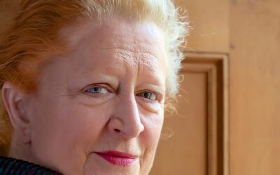 Margaret Heffernan: How To Face The Future With Confidence & Courage