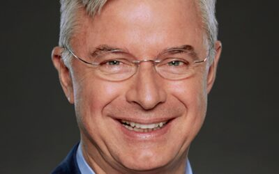 """Hubert Joly: The CEO Who Transformed """"Best Buy"""" By Leading From His Heart And Mind"""